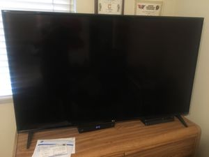 2019 LG 55inch UHD TV 4K Smart TV - like brand new for Sale in Anaheim, CA