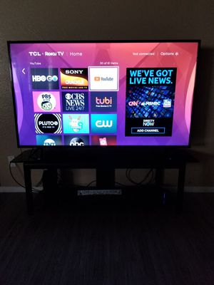 65 Inch Roku Smart Tv With Remote for Sale in Fresno, CA