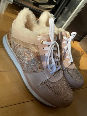 Michael Kors Pink Crystal Fur Sneakers Size 38 for Sale in Brooklyn, NY