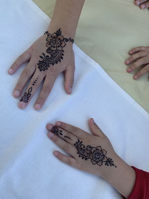 HENNA FOR EVENT, WEDDING, PARTY, ETC HIRE ME TODAY (: for Sale in Lawndale, CA