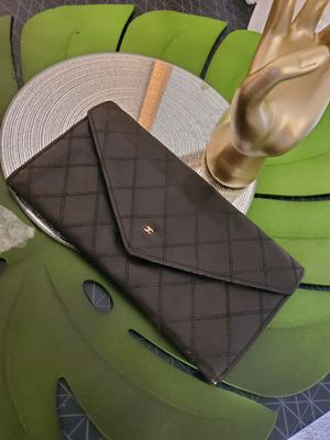 Chanel envelope wallet for Sale in LRAFB, AR