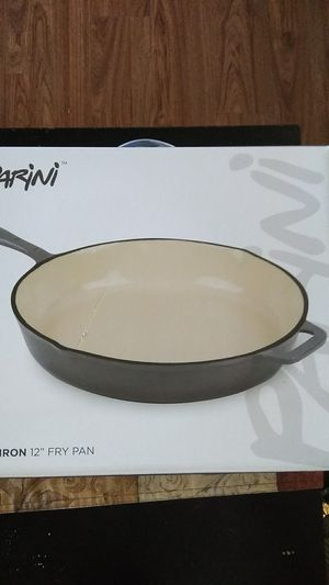 Cast iron 12in frying pan for Sale in Alhambra, CA