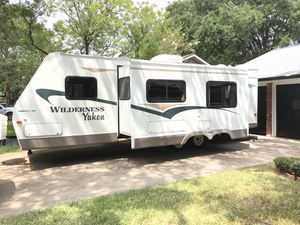 Wilderness Yukon by fleetwood for Sale in Cypress, TX