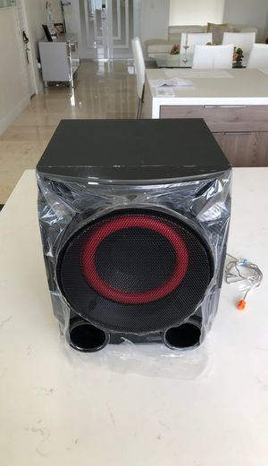 LG Electronics CMS4550W Universal Subwoofer LG Sub 3-Ohms 250-Watt (New) for Sale in Miami, FL