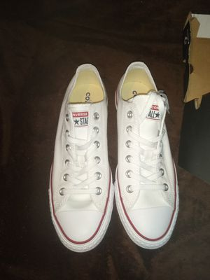 White Low top converse for Sale in Phoenix, AZ