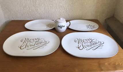 Brand new heavy porcelain Christmas serving platters and carafe bundle set - all for $30 for Sale in Los Angeles,  CA