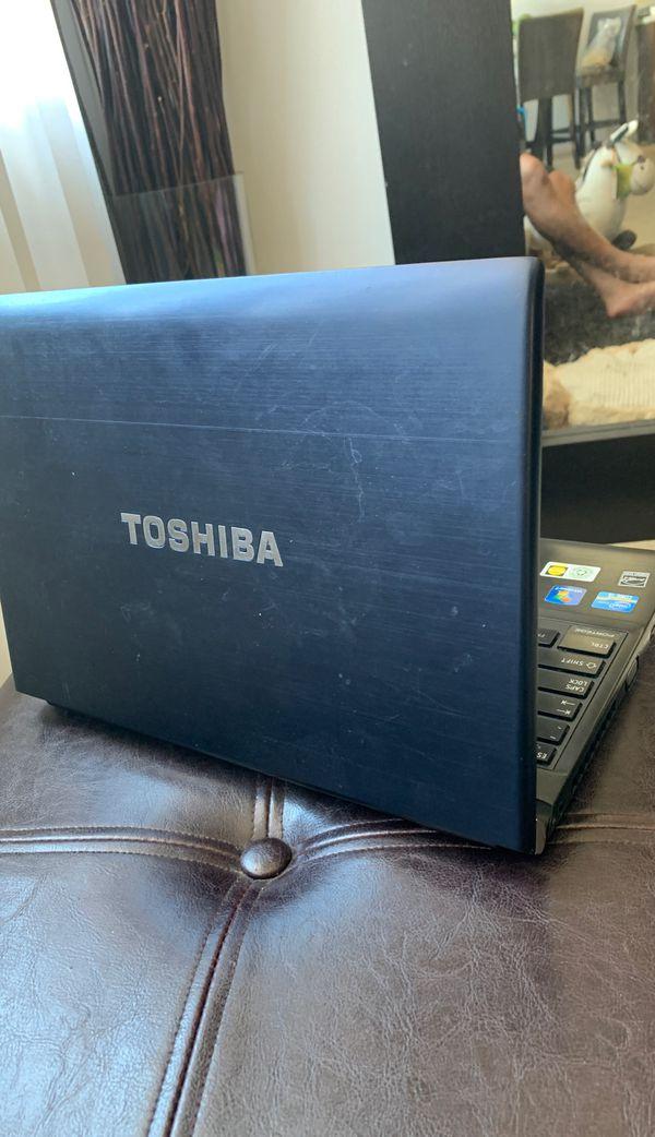 Toshiba Portege R835-P56X *Rare*