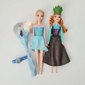 "Frozen 2 Sisters Musical Snow Scepter Wand Plays ""Into The Unknown"" & Dolls lot for Sale in St. Petersburg, FL"