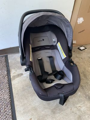 Safety First Car seat for Sale in O'Fallon, MO