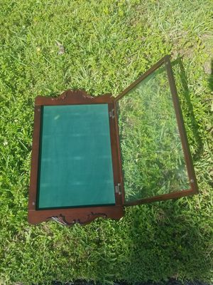 $25.00 - 1990's Bombay Co Display Cabinet - Display Service Awards/Disney Pins/Childrens Ribbons, Artworks, Pictures etc - Solid Wood/Glass! for Sale in Miami, FL