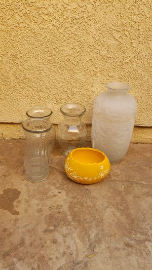 5 used flower vases for Sale in Santa Clarita, CA