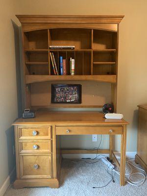 Kids twin bedroom set (bed frame, dresser/mirror, desk w/ hutch) for Sale in Ankeny, IA