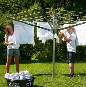 Outdoor Spin Umbrella Clothes Dryer 197Ft for Sale in Chicago, IL