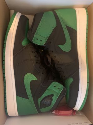 Air Jordan 1 OG pine green 2.0 for Sale in Philadelphia, PA