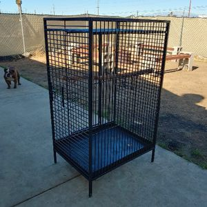 HEAVY DUTY BIRD CAGE for Sale in Perris, CA