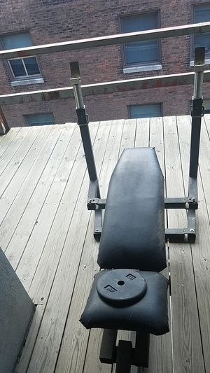 Workout Bench for Sale in Cleveland, OH