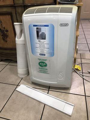 Delonghi Pinguino Portable Air Conditioner 10,000 BTU for Sale in Los Angeles, CA