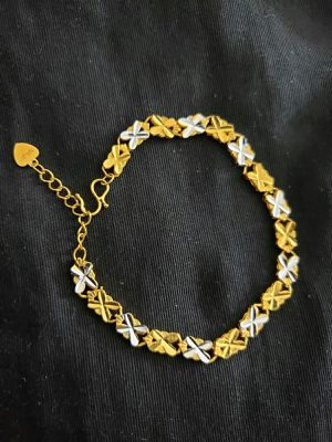 Bracelet's silver and gold mix color for Sale in Moreno Valley, CA