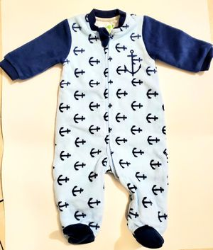Winter baby double layer fleece Jumpsuits 6m for Sale in Brooklyn, NY