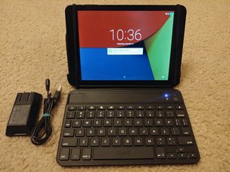 "7.9"" Touchscreen Tablet/Laptop + iPad Mini Zagg Bluetooth Keyboard (16gb Nuvision) for Sale in Kenmore,  WA"