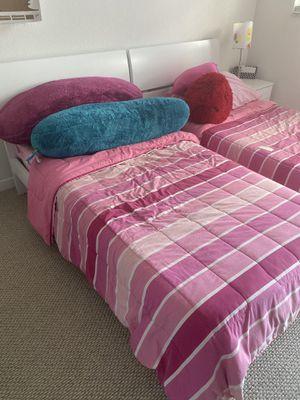 Single Bed (White) for Sale in Miami, FL