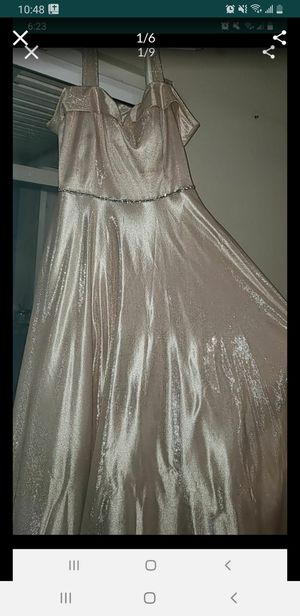Say yes to prom dress. Wore once new condition. Light gold beautiful sparkly gown for Sale in La Mesa, CA