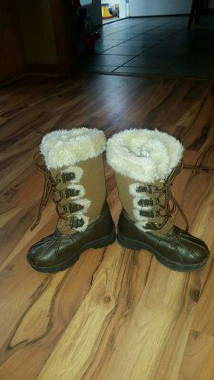 Khombu kids boots size 11 , used lightly for Sale in Stockbridge, GA