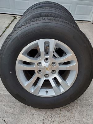 "18"" Chevy Silverado Wheels And Tires for Sale in Humble, TX"