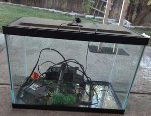 20 gallon fish tank. for Sale in Sacramento, CA