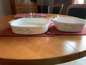 2 CorningWare Baking Dishes with Lids for Sale in Columbia, MO
