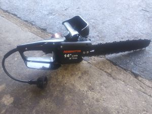 "Electric chainsaw REMINGTON 14"" GOOD CONDITION WORKS GREAT $30 for Sale in Elgin, IL"