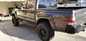 2014 toyota tacoma prerunner 4 inch lift for Sale in Peoria, AZ