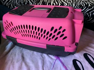 Pink Pet Carrier for Sale in Los Angeles, CA