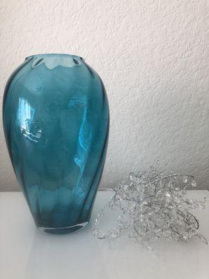 Vase for Sale in Fort Lauderdale, FL
