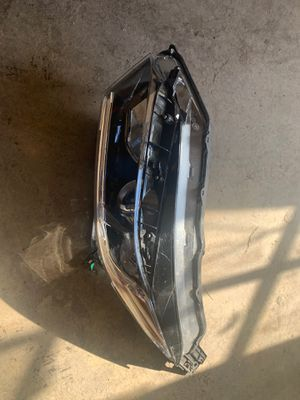 2017 Honda HR-V Headlight and Fenders OEM for Sale in Phoenix, AZ