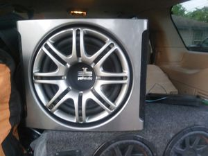 "12"" Polk audio in ported box $100 or trade 10"" Cvr x $180 or trade for Sale in Sinton, TX"
