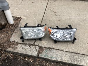 07-2012 Toyota Tundra / sequoia headlights for Sale in Winter Hill, MA