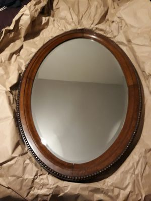 Antique Oval shape mirror for Sale in Clearwater, FL