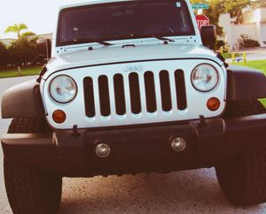 JEEP WRANGLER 07 // UNLIMITED X EDITION *SILVER* GREAT CAR for Sale in Raleigh, NC