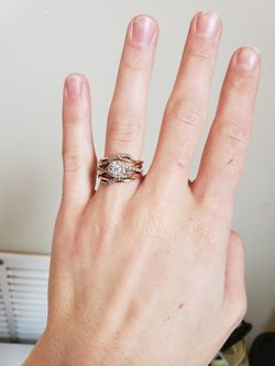 Engagement ring + FREE wedding band for Sale in St. Louis,  MO