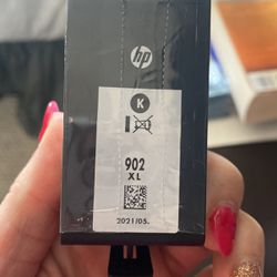 new high-capacity HP Printer Ink Black 902xl for Sale in Arvada,  CO