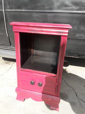 Cute nightstand for Sale in Buena Park, CA