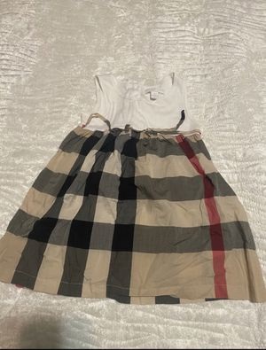 Burberry dress size 3 for Sale in Hempstead, NY