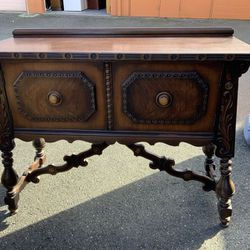 Antique Union Furniture Co. Sideboard Table - Delivery Available for Sale in Tacoma,  WA