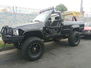 Toyota 4Runner 1989 for Sale in Los Angeles, CA