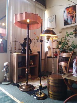 Nice vintage / antique lamps with original shades for sale 💡 for Sale in St. Louis, MO