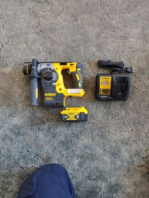 Dewalt 1 in. SDS-Plus Brushless Rotary Hammer Kit for Sale in La Mesa, CA