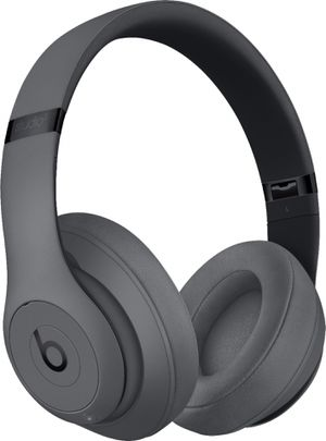 Beats by Dre Studio 3 Wireless Over Ear Headphones Gray color for Sale in Philadelphia, PA