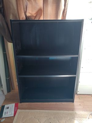 3 tier small book shelf for Sale in Franklin Township, NJ
