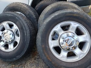 "17"" FORD RIMS 8 LUGS NO TRADES NOTHING AFTER 9PM for Sale in La Grange, IL"